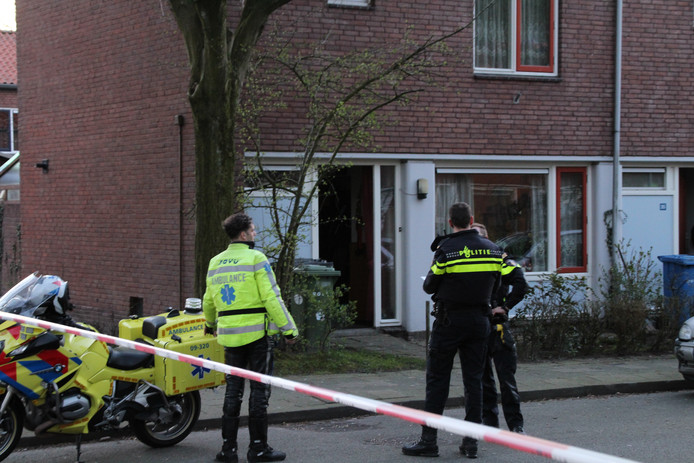 Na de overval kwamen politie en ambulance snel ter plaatse.