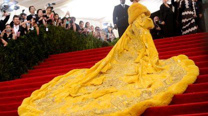 Rihanna doet verrassende bekentenis over haar beroemde Met Gala-look uit 2015