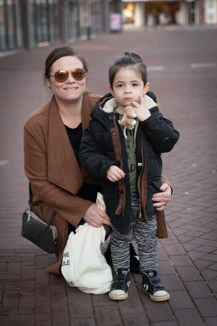 Manuela Brandt en Joah.