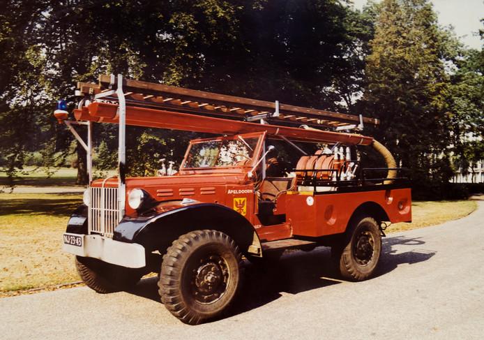 Een foto van de bluswagen in oude staat.