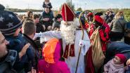 Sinterklaas en zijn Zwarte Pieten openen 165ste jaarmarkt in Niel