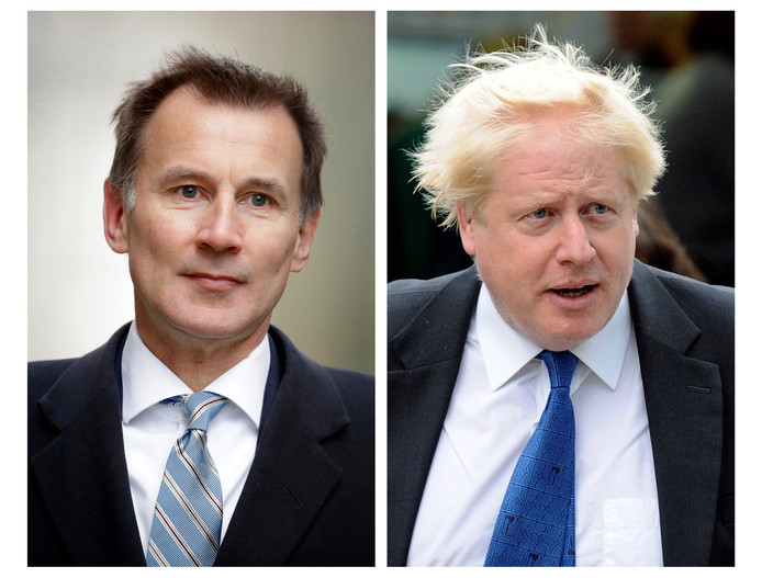 Jeremy Hunt (links) en Boris Johnson.