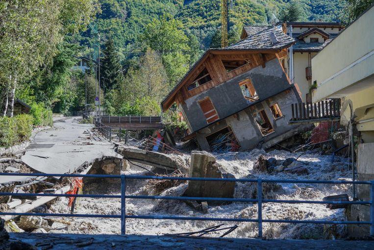 De zwaar getroffen regio's Piëmont en Ligurië hebben de noodtoestand uitgeroepen. Beeld EPA