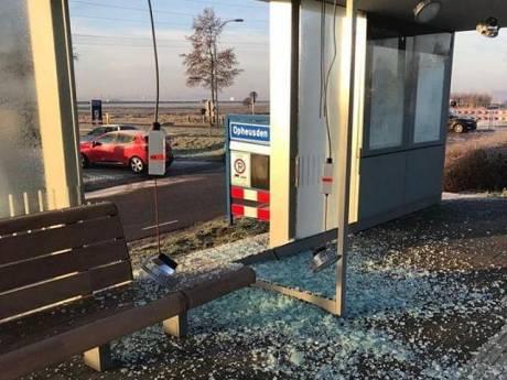 Wijkagent 'echt kwaad' na vernieling wachtruimte Opheusden