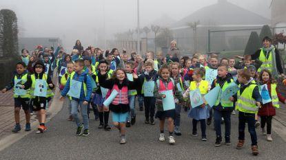 Meer dan 260 kinderen wandelen mee met 'Walk for Water'