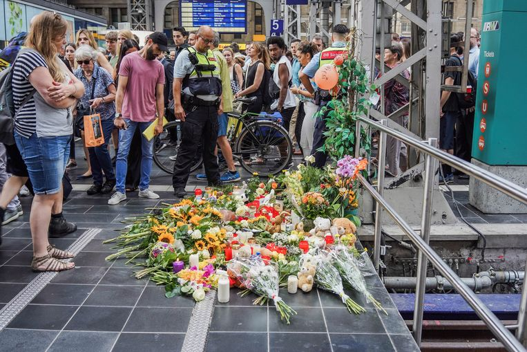 Ongeloof en verdriet overheersen in Frankfurt.