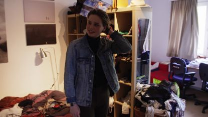 De kamer van Anuna De Wever? Eén grote rommel!