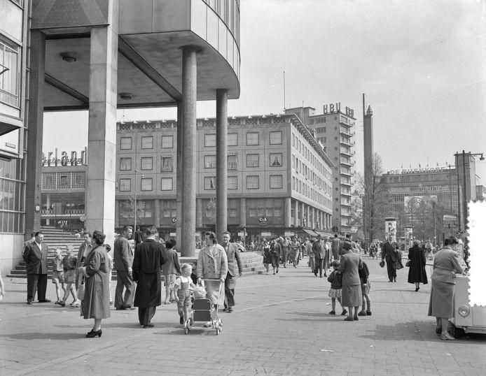 WEDEROPBOUW ROTTERDAM: Coolsingel 1956.