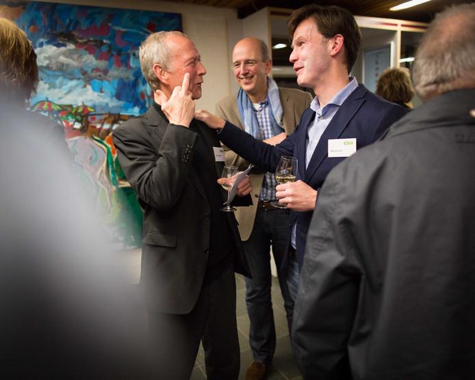 Jan van Baal (links) met wethouder Wijnte Hol.