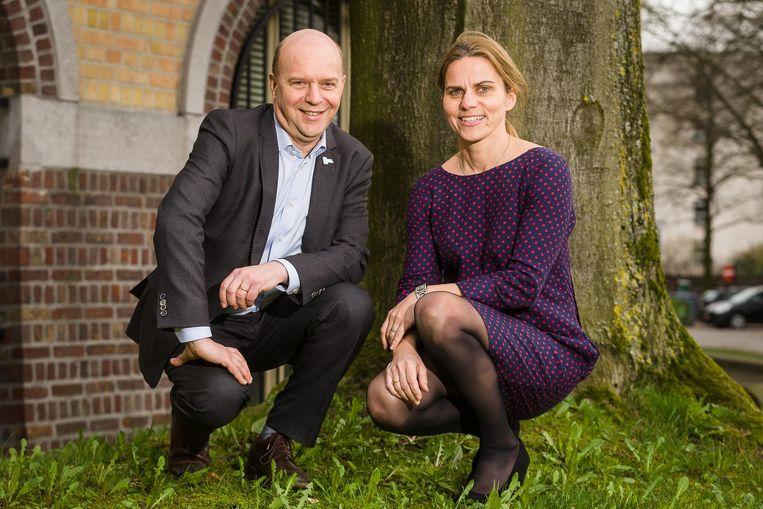Guido Van Huylebroeck en Sarah De Jaeger stelden zich op de valreep kandidaat voor de rectorverkiezingen van de UGent.