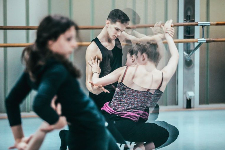 Jonge balletdansers vinden soms moeilijk een plek in gezelschappen. Met de Junior Ballet School komt er vanaf september een vervolmakingsopleiding van twee jaar