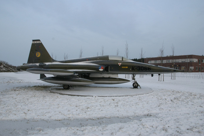 NF-5.