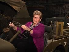 Hannie was 8 tijdens de Slag van Overloon in 1944 en nu pas luisteren mensen naar haar verhaal