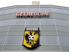 Zes aanhangers Vitesse krijgen stadionverbod vanwege antisemitische spreekkoren