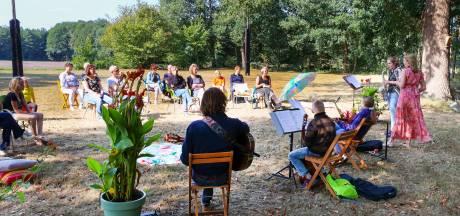 """Eerste Culturele Fietstocht de Beerzen: Viool en harp klinken op Beerse ,,toplocaties"""""""