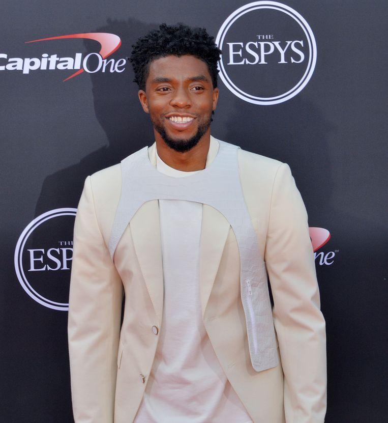 'Black Panther'-acteur Chadwick Boseman zette als eerste de trend op de ESPY awards in de zomer van 2018.