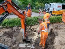 Waterleiding gesprongen aan Uranusstraat in Hilvarenbeek