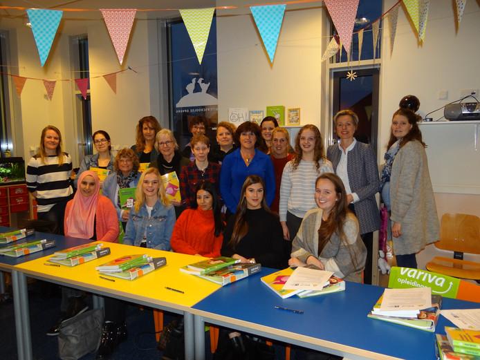 Crèches leiden zelf nieuw personeel op in Leerdam en Vianen.