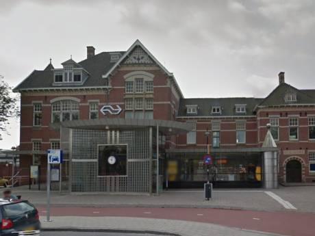 Automatische stalling hapert; parkeren gratis op Woerden Station