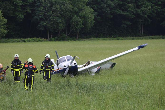 Hulpdiensten massaal ter plekke na ongeval Breda International Airport