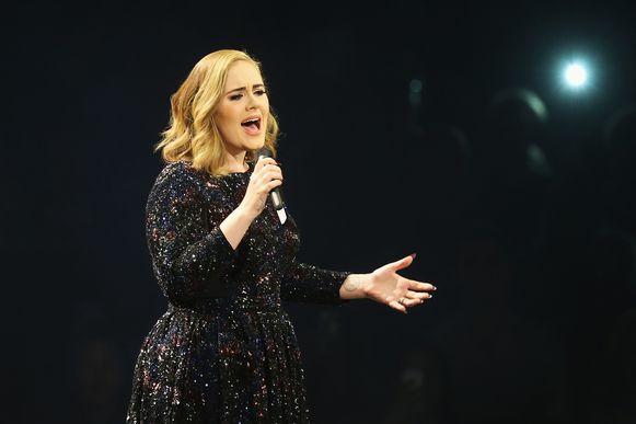 Adele is bezig aan nieuwe muziek