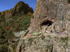 Monnik vond kaak van uitgestorven mensensoort in grot op 3000 meter hoogte