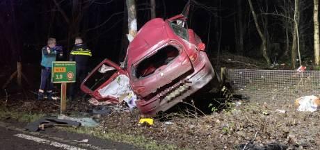 Leuvenumseweg bij Ermelo afgesloten na ernstig ongeval