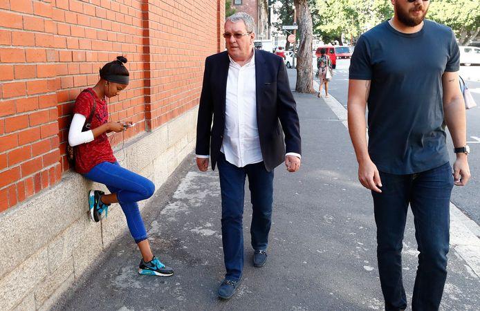 Guus Kouwenhoven arriveert bij The Magistrates Court in Kaapstad.