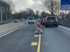 Rijkswaterstaat gaat strenger controleren op misbruik slagboom bij afgesloten Wantijbrug