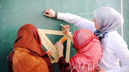 Gentse stadsscholen moeten hoofddoeken voortaan toelaten