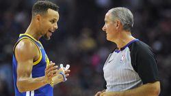 Gefrustreerde Curry gooit mondstuk naar ref: wangedrag komt Golden State-ster duur te staan