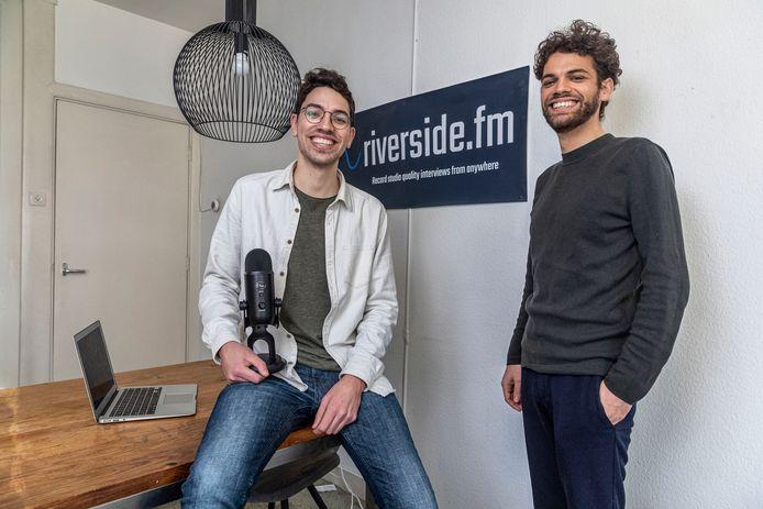 Nadav en Gideon Keyson stopten met hun studie voor hun start-up Riverside.fm, een beslissing die hen geen windeieren heeft gelegd.