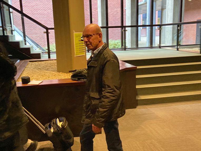 Alternatieve genezer Geert V. beloofde een terminale kankerpatiënt nog dertig jaar te leven.