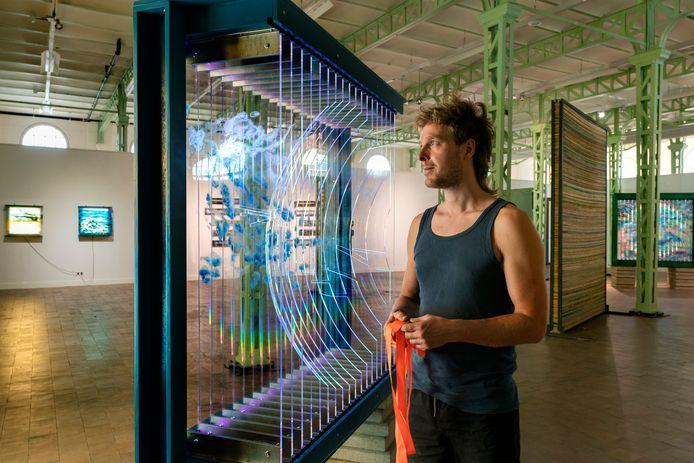 Werk van Jop Vissers Vorstenbosch is tot en met hlaf september te zien in de Willem Twee Fabriek. Foto Marc Bolsius