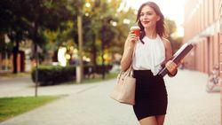 1 op 4 Britse vrouwen krijgt wel eens een opmerking over haar uiterlijk op het werk