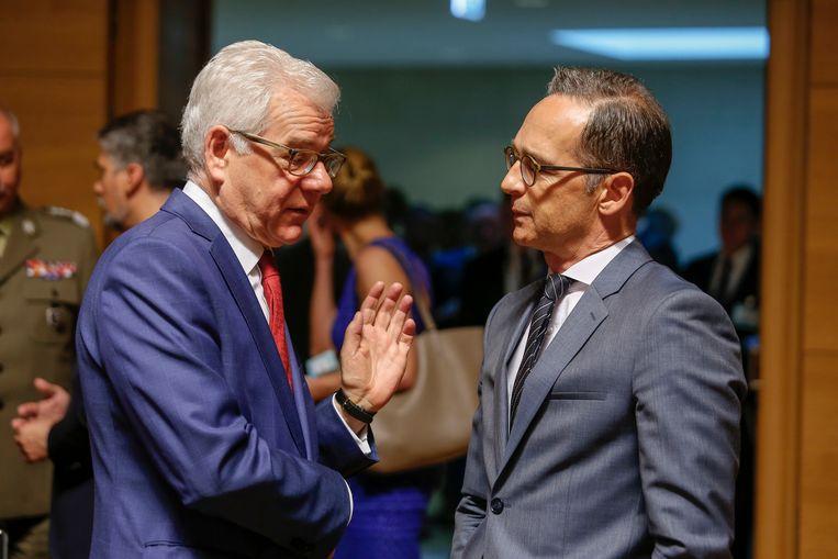 Pools minister van Buitenlandse Zaken Jacek Czaputowicz (l.) in gesprek met de minister van Buitenlandse Zaken van Duitsland Heiko Maas (r.).
