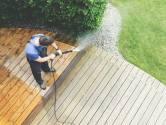 De zon schijnt weer! Zo zorg je voor een schoon terras of balkon