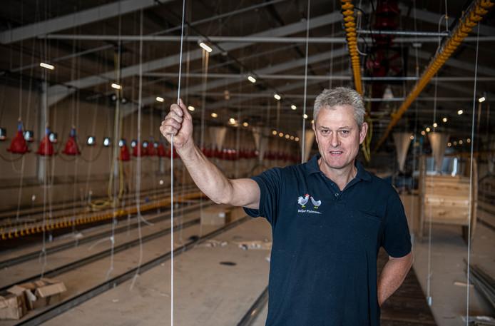 Ad Beijer in zijn nieuwe bedrijf in Beneden-Leeuwen.