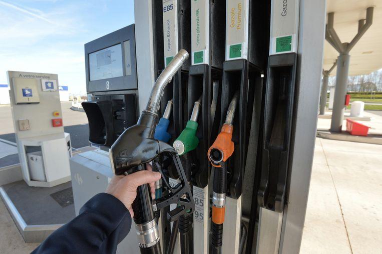Vanaf woensdag betaal je iets minder voor diesel aan de pomp.