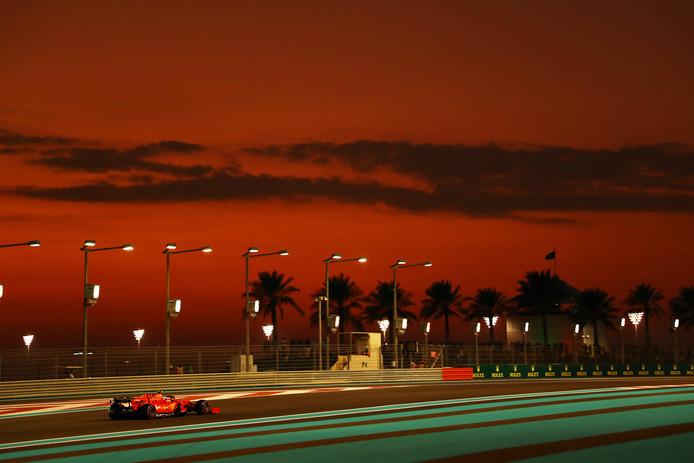 Het Yas Marina Circuit vaN Abu Dhabi.