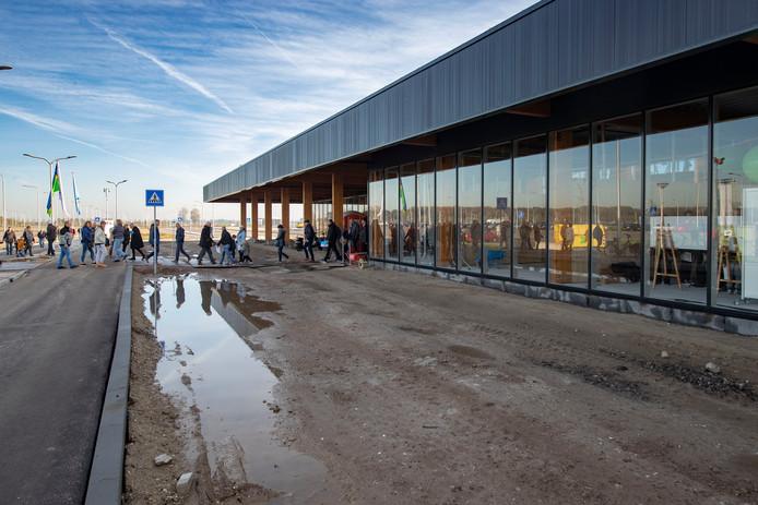 Lelystad Airport wordt, als het kabinet zijn zin krijgt, in 2020 geopend.