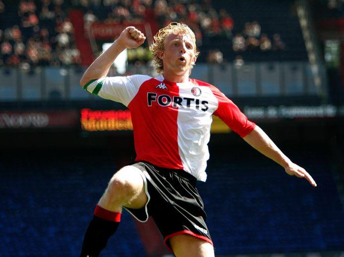 Dirk Kuyt vertrok in 2006 voor 18 miljoen euro naar Liverpool, een recordbedrag voor Feyenoord.