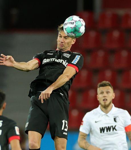 Alario leidt Leverkusen met twee goals langs Augsburg