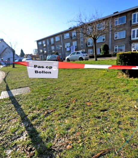Bewoners 't Kotte furieus: gemeente Hengelo verwijdert rode linten