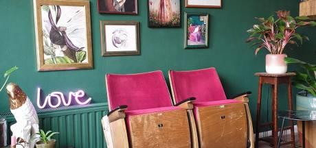Mindy Schroor heeft eclectisch huis met bonte verzameling