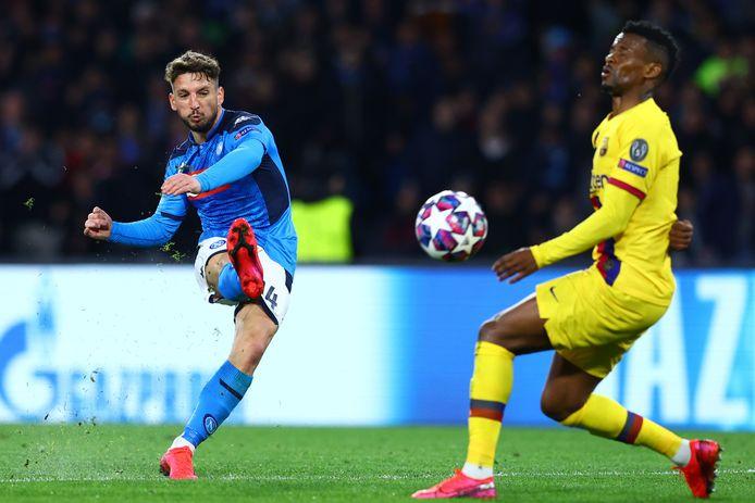 Zijn 121ste goal voor Napoli was een pareltje.