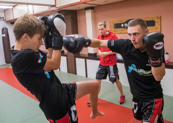 Een kickboks-training.