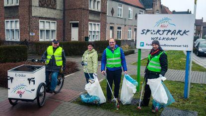 Gemeentepersoneel verzamelt 2 kubieke meter zwerfvuil