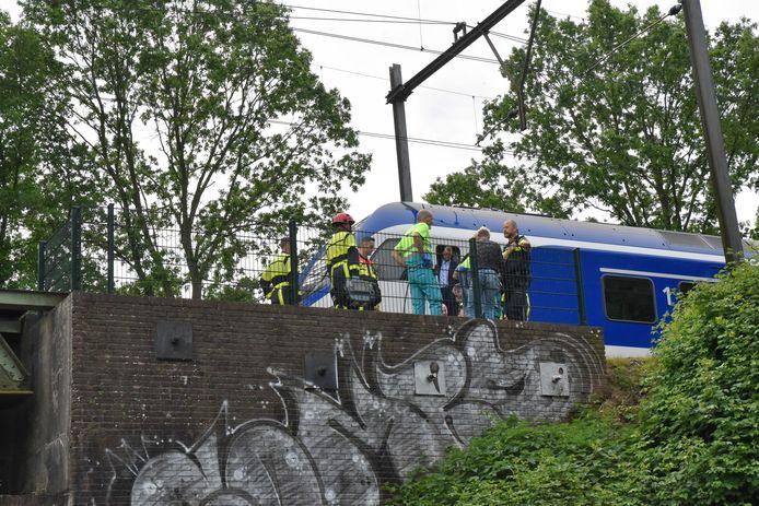 Een asielzoeker raakte gewond op het spoor.