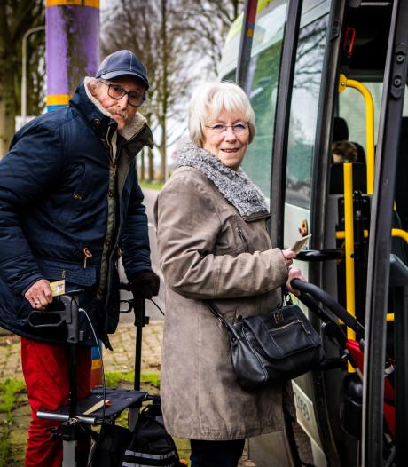 Lekker goedkoop met de bus over het eiland na herintroductie van kortingsabonnement